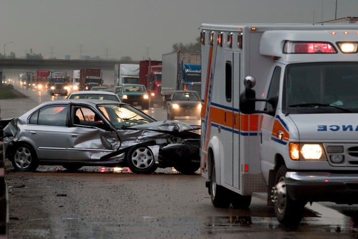 What To Do After a Car Accident – Call the Police and Accident Towing Company